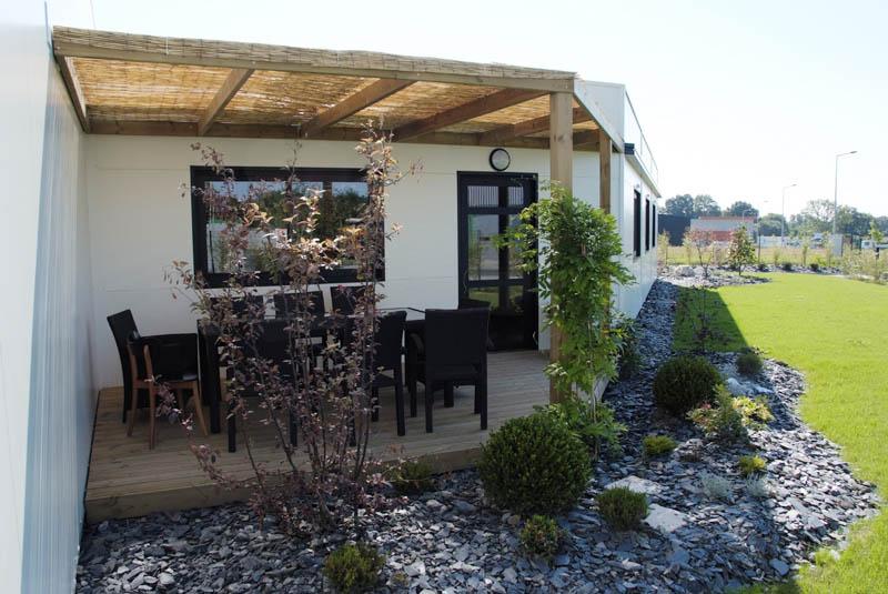 patio couvert et terrasse