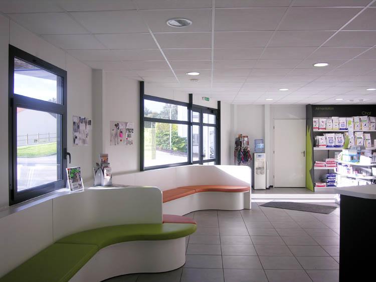 aménagement accueil construction clinique vétérinaire design